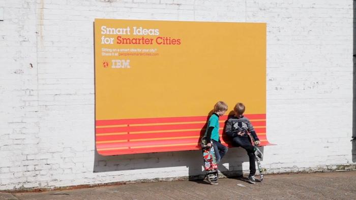 25560614 184723 เมื่อป้ายโฆษณา ให้ประโยชน์มากกว่าโฆษณา เป็น Street Furniture แบบเท่ๆ