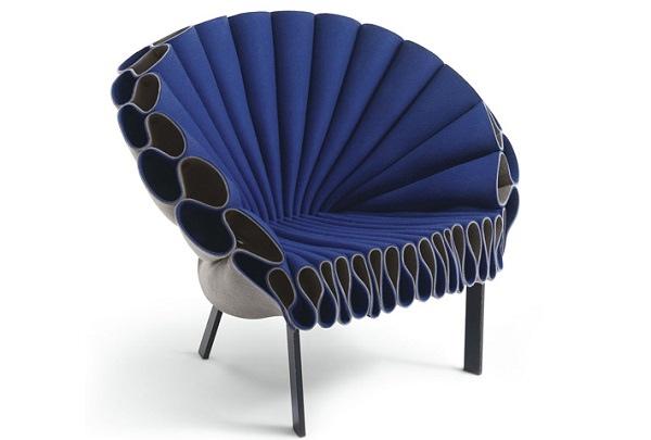 25560617 151931 Peacock Chair..เก้าอี้ทำได้ง่ายๆ ไอเดียมาจากนกยูงลำแพนหาง