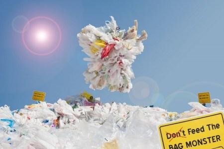 BagMonster March 450x300 BAG MONSTER ปีศาจถุงพลาสติก ผู้พิทักษ์โลก