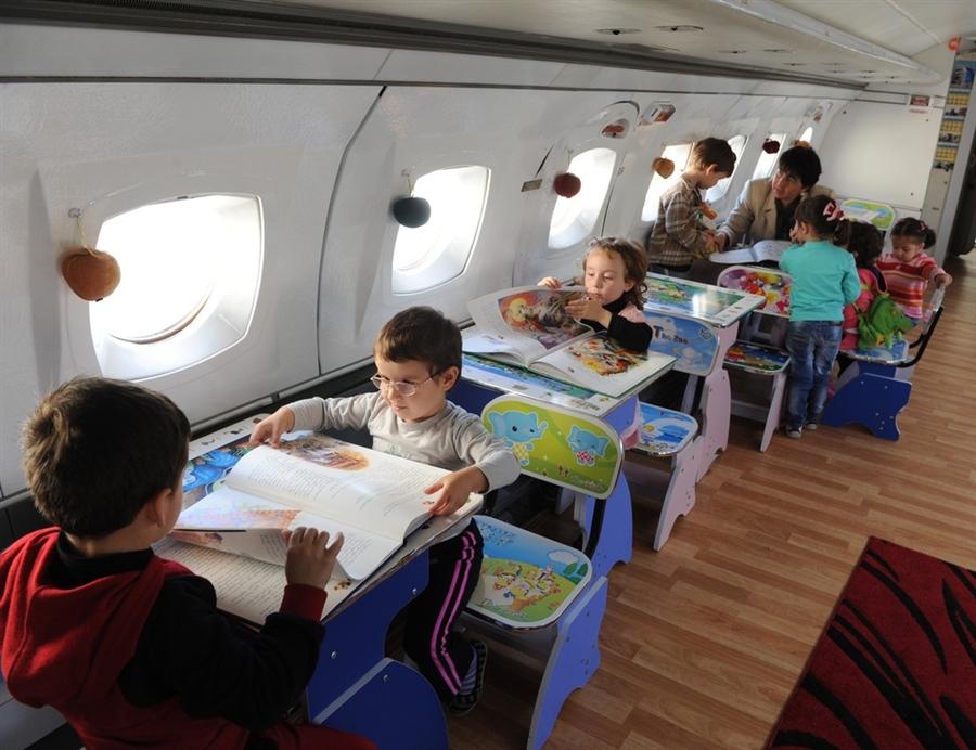 airplane school 1 เปลี่ยนเครื่องบินเก่าเป็นโรงเรียนอนุบาลให้เด็กๆ ✈︎ ไอเดียจากประเทศจอร์เจีย ??