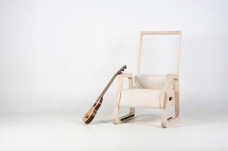 img 1 1355241749 2ae010b81c4d48458035e78eda181b72 450x299 The Echoism Chair by JaeYoung Jang เก้าอี้สร้างเสียงดนตรี