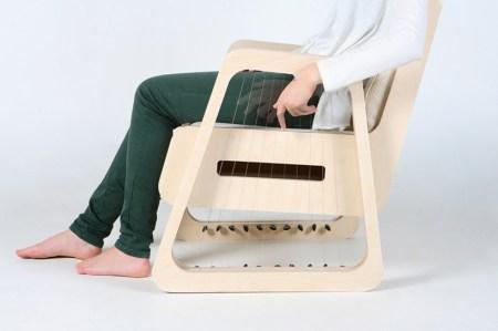 img 2 1355241749 4881c3f61ebc30ad7f8781cd2729f329 450x299 The Echoism Chair by JaeYoung Jang เก้าอี้สร้างเสียงดนตรี