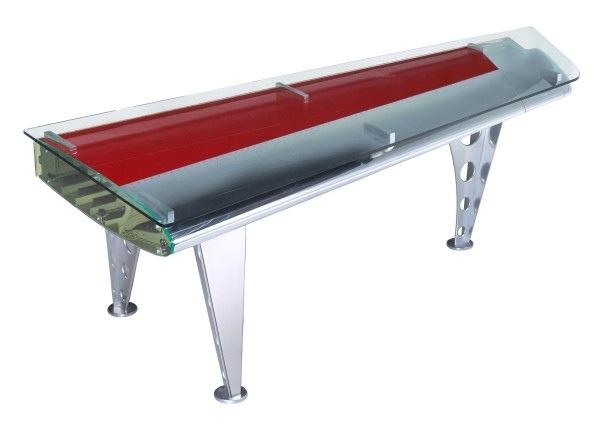 25560711 182537 โต๊ะที่ทำจากชิ้นส่วนเครื่องบินโบราณ...โดย MotoArt เพื่อคนรักเครื่องบินโดยเฉพาะ