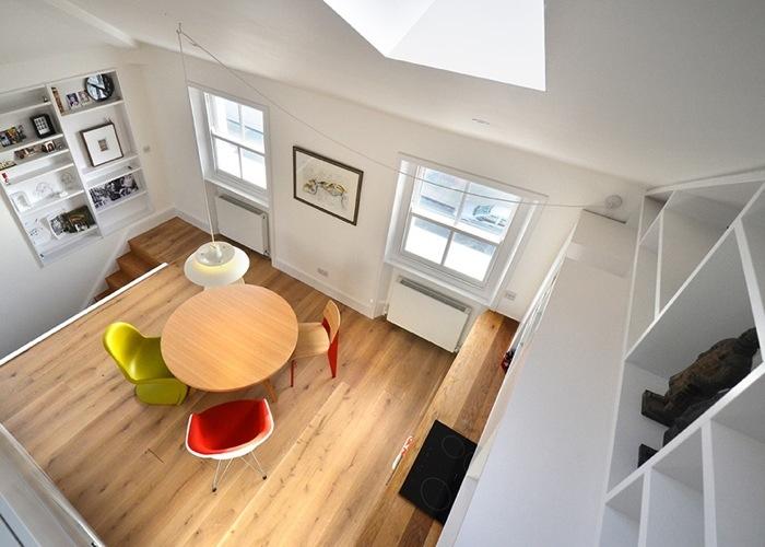 25560714 103635 ผนังและบันได เป็นชั้นวางของ ห้องน้ำเป็นผนังกั้นห้องและมีห้องนอนข้างบน..เพิ่มพื้นที่ และใช้ประโยชน์ได้คุ้มจริงๆ