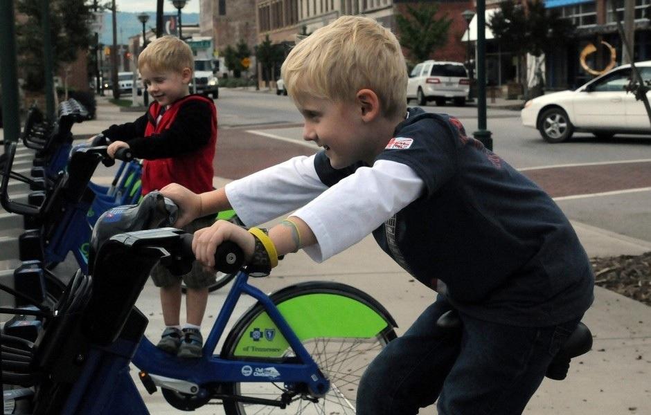 25560714 162950 10 เมืองที่จักรยานเป็นจ้าวครองถนน