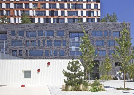 Dezeen_Giraffe-Childcare-Centre-by-Hondelatte-Laporte-Architectes_SS_12
