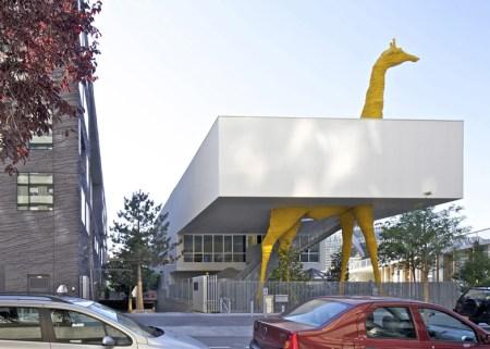 Dezeen Giraffe Childcare Centre by Hondelatte Laporte Architectes SS 2 450x321 Giraffe Childcare Centre ตึกยีราฟในกรุงปารีส