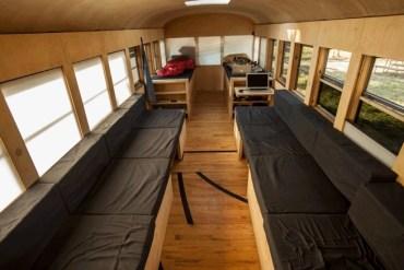 เมื่อนักศึกษาสถาปัตย์เปลี่ยนรถโรงเรียนเก่า เป็นบ้านเคลื่อนที่ เดินทางไปทั่วสหรัฐอเมริกา 25 - รีไซเคิล