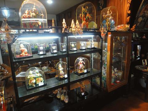 37 04 07 Bangkok Dolls Factory & Museum พิพิธภัณฑ์บ้านตุ๊กตา