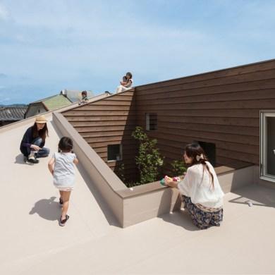 """House J"" ออกแบบจากโจทย์ผู้ต้องการความเป็นส่วนตัว และปลอดการมองเห็นจากบุคคลภายนอก  43 - Architecture"