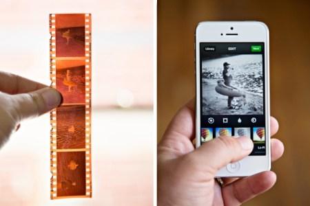 lomography smartphone film scanner 9e91 600.0000001370627015 450x300 The Lomography Smartphone Film Scanner เครื่องสแกนภาพถ่ายจากฟิล์มให้กลายเป็นรูปดิจิทัลในสมาร์โฟน