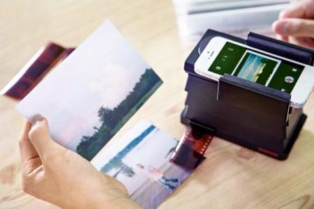 lomography-smartphone-film-scanner-c8a0_600.0000001370627067