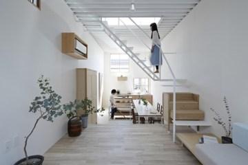 บ้านเล็กๆ ที่ใช้พื้นที่คุ้มค่าด้วยแนวคิดสถาปัตยกรรมเฟอร์นิเจอร์ไม้ อยู่ร่วมกับบันได 17 -