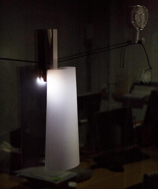 25560911 123038 LED pin ..ที่หนีบผ้า LED..ส่องสว่างได้ทุกแห่ง