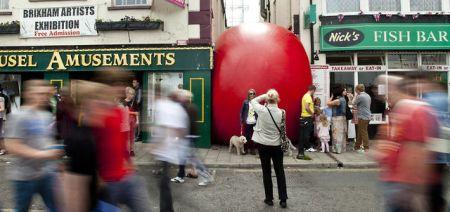 319869076 640 450x212 Redball Project โปรเจ็คต์พื้นที่สาธารณะและมีส่วนร่วมผ่านงานศิลปะได้จริง
