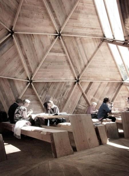 big 394311 5345 3 Interior south window1 450x617 Peoples Meeting Dome โดมสำหรับพื้นที่สาธารณะ ที่สามารถสัมผัสธรรมชาติได้อย่างใกล้ชิด