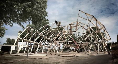 big 394311 6638 10 Construktion lattice structure1 450x245 Peoples Meeting Dome โดมสำหรับพื้นที่สาธารณะ ที่สามารถสัมผัสธรรมชาติได้อย่างใกล้ชิด