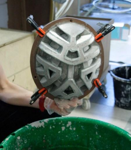 paper-pulp-helmet-RCA-designboom05