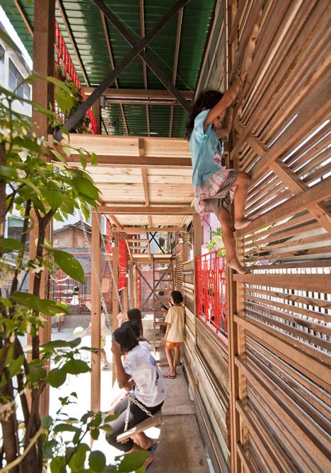 Dezeen_Klong-Toey-Community-Lantern-by-TYIN-tegnestue_7