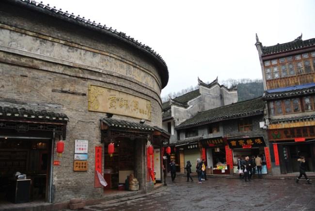 fenghuang ancient town 3 650x436 Fenghuang Ancient Town เมืองโบราณเฟิ่งหวง