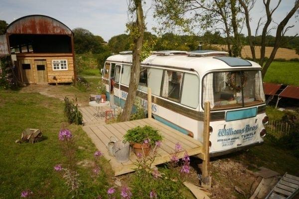 Reuse รถบัสเก่า เป็นบ้านเล็กๆแบบพอเพียง 20 - GREENERY