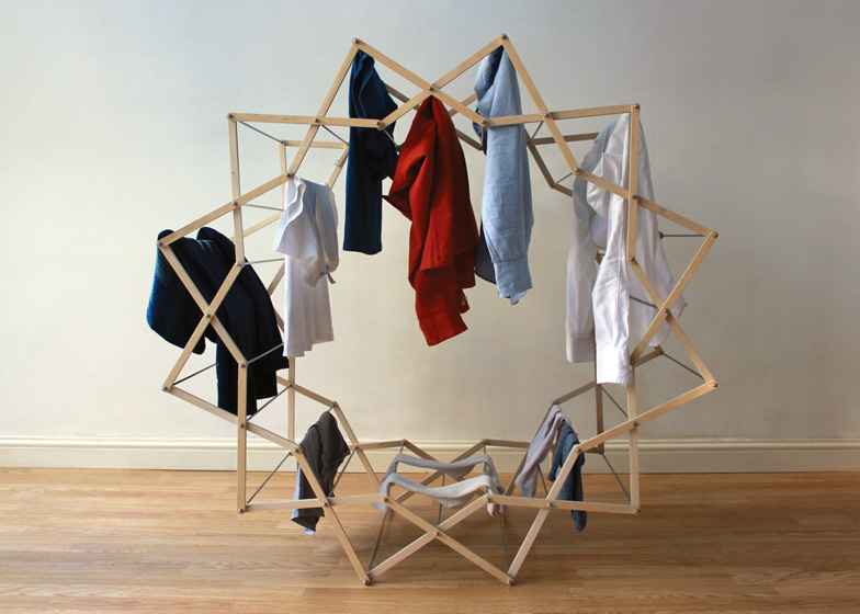 Clothes Horse by Aaron Dunkerton dezeen ss 6 Star shaped clothes horse ราวตากผ้าเน้นพื่นที่จำกัด