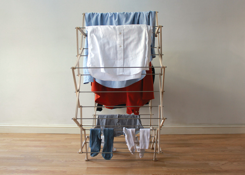 Clothes Horse by Aaron Dunkerton dezeen ss 7 Star shaped clothes horse ราวตากผ้าเน้นพื่นที่จำกัด