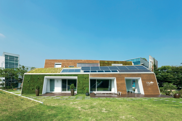 E-Green-Home-In-South-Korea-Offers-Overnight-Stays-1