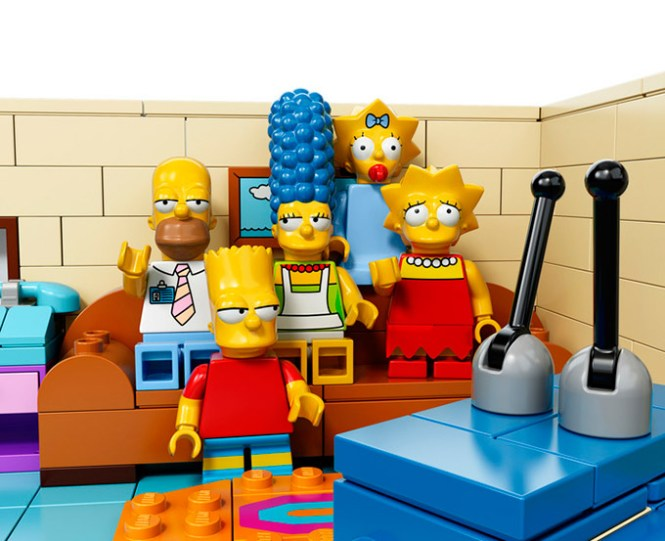 The-Simpsons-LEGO-Set-Is-Official_1