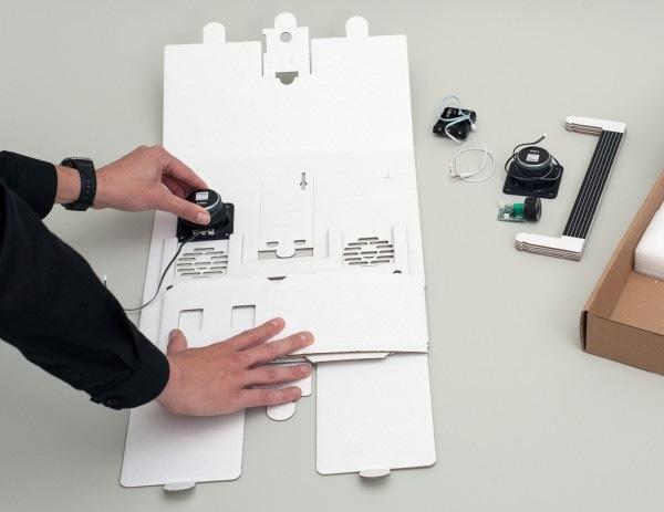 25570303 194935 ลำโพงสมาร์ทโฟน จากกระดาษกล่อง ในแบบ Boombox ของยุค80