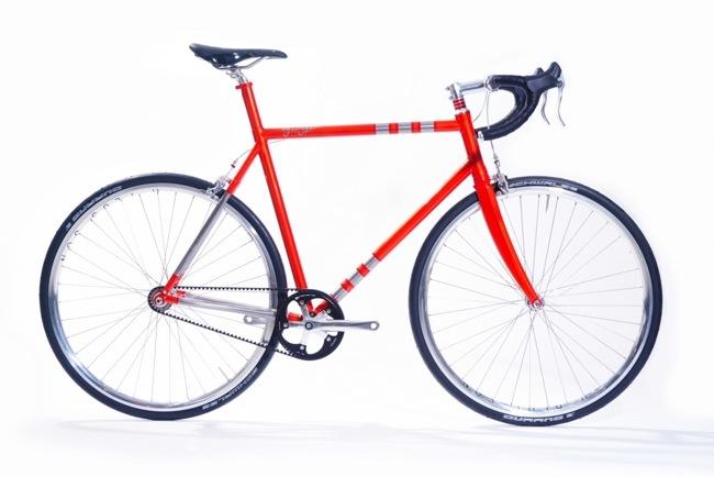 25570310 081324 จักรยานไททาเนียม made to measure'ทั้งคันจากการพิมพ์ 3 มิติ