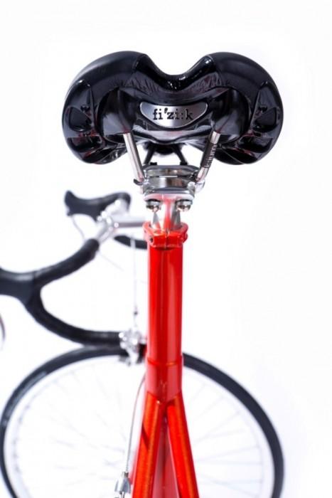 25570310 081537 จักรยานไททาเนียม made to measure'ทั้งคันจากการพิมพ์ 3 มิติ