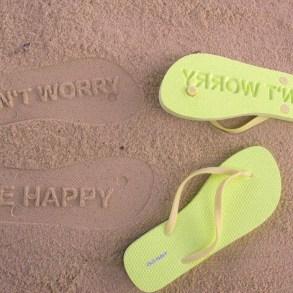 ฝากไว้บนผืนทราย ด้วยรองเท้าแตะสุด Chic ที่ใครๆต้องเหลียวมอง 18 - Beach