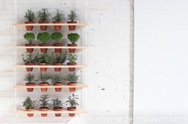 20140510 121540 DIY สวนผักแนวตั้งจากไม้ กระถาง และเชือก