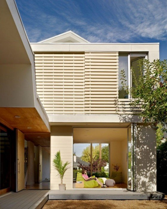 25570511 170745 เลือกประตูหน้าต่างอย่างไร ให้เข้ากับบ้านสมัยใหม่
