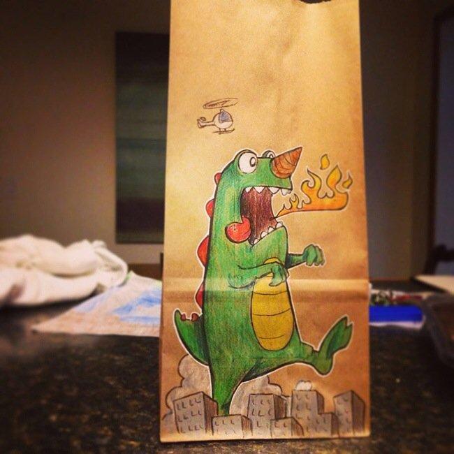 20140620 201919 73159720 ยอดคุณพ่อนักวาด.. วาดภาพการ์ตูนบนถุงอาหารกลางวันของลูกชายทุกวันตลอด2ปี
