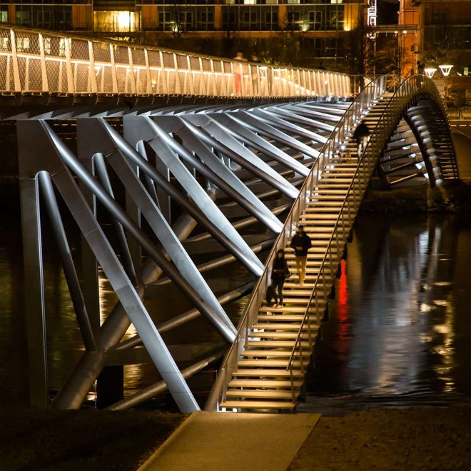 1-dietmar-feichtinger-completes-the-peace-footbridge-in-lyon
