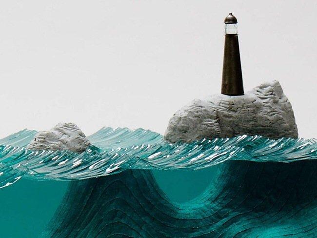 ศิลปินที่เรียนรู้ด้วยตัวเอง สร้างงานจากแผ่นกระจกประกบหลายๆชั้นเป็นคลื่นในมหาสมุทร 13 - กระจก