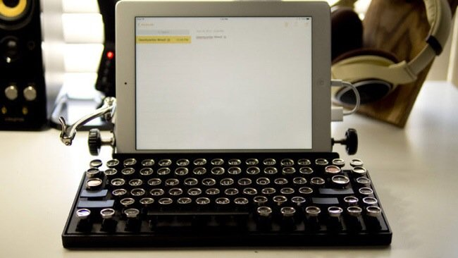 20140706 230006 82806836 USB keyboard ที่จะทำให้การพิมพ์คอมพิวเตอร์ หรือแท็ปเล็ต ได้อารมณ์แบบใช้เครื่องพิมพ์ดีด
