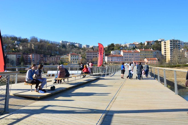 3-dietmar-feichtinger-completes-the-peace-footbridge-in-lyon
