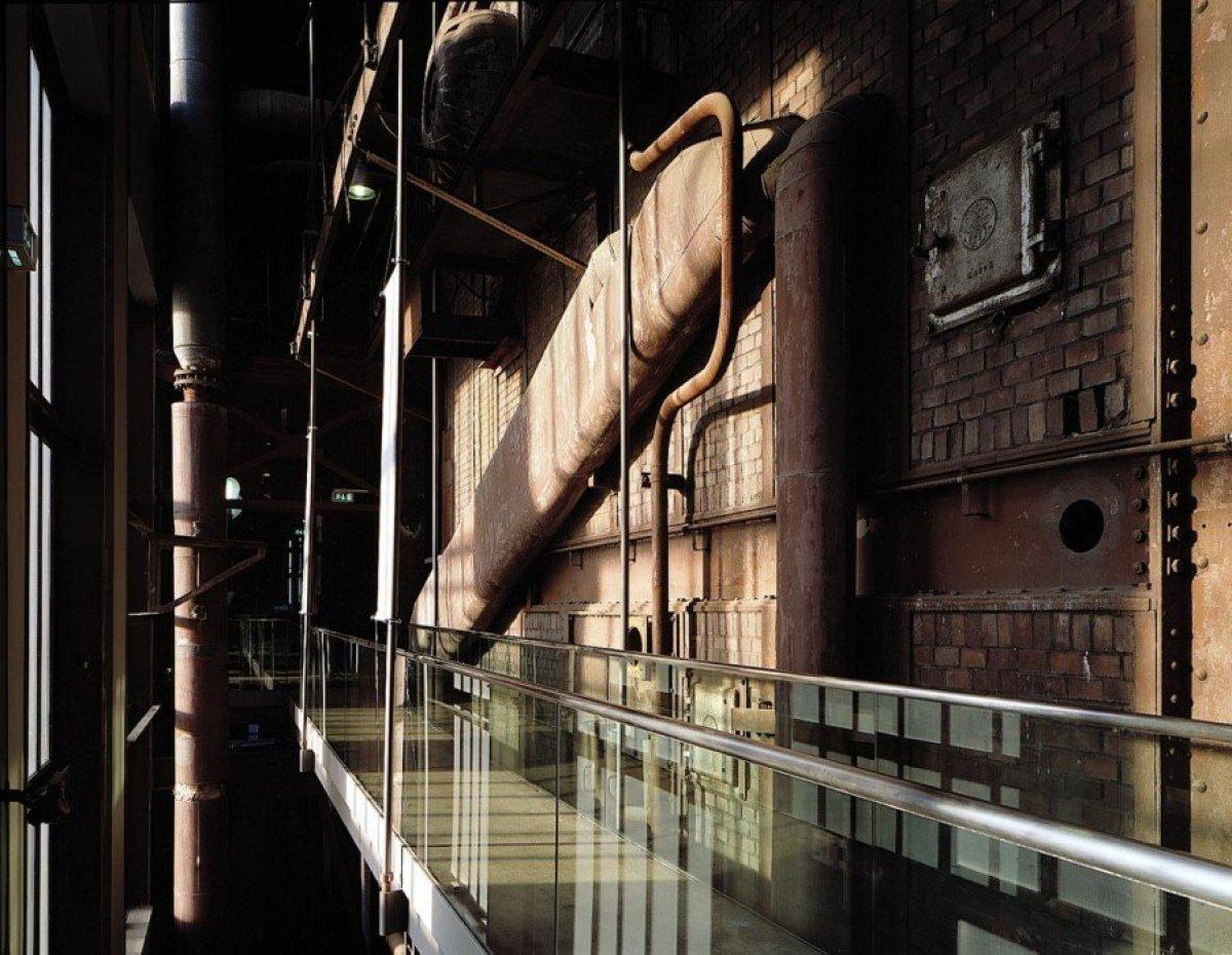 img2 Design Center ศูนย์ศิลปะบรรยากาศยุคอุตสาหกรรมหนัก
