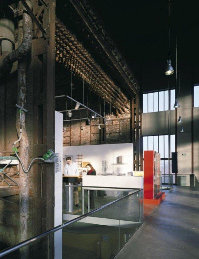 img6 Design Center ศูนย์ศิลปะบรรยากาศยุคอุตสาหกรรมหนัก