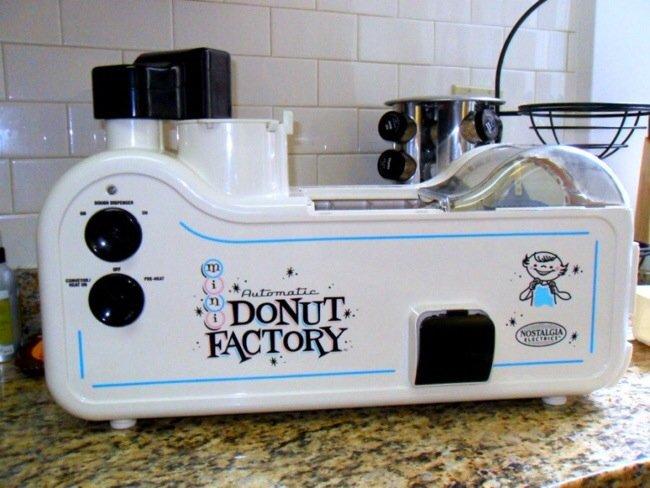 20140802 220044 79244934 เครื่องทำโดนัทประจำบ้าน.. Mini Donut Factory