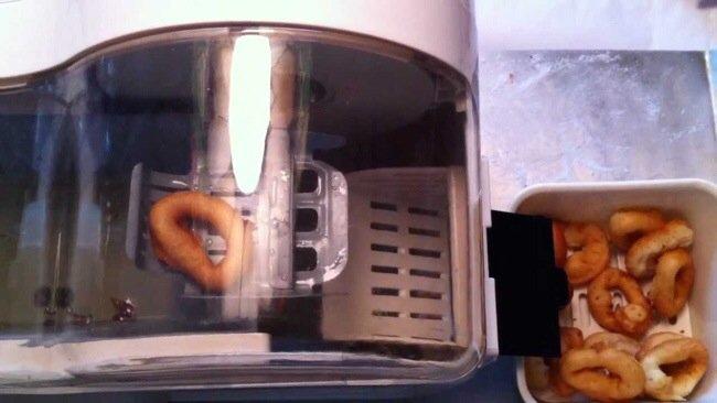20140802 220054 79254437 เครื่องทำโดนัทประจำบ้าน.. Mini Donut Factory