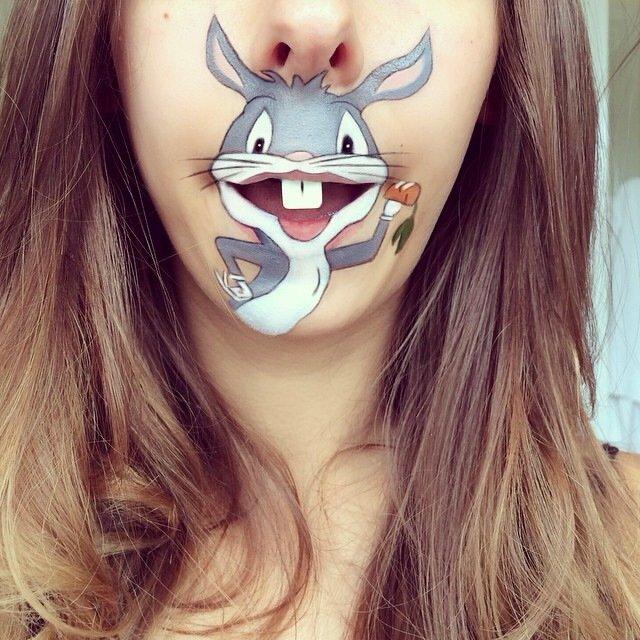 IMG 4375 ศิลปินช่างแต่งหน้า สร้างภาพการ์ตูนให้มีชีวิตบนปากและคางของเธอ