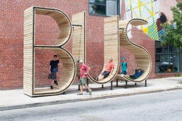 ประติมากรรม ป้ายรถเมล์ Typographic : BUS 20 - ประติมากรรม