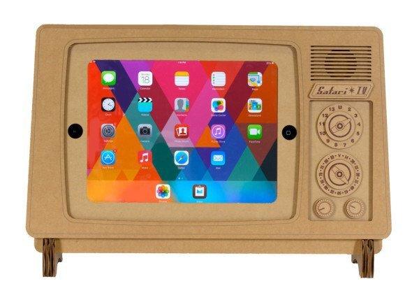 IMG 5569 ที่วาง iPad ทำจากกระดาษกล่อง SAFARI TV