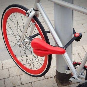 ที่นั่งจักรยาน ที่ทำหน้าที่เป็นโซ่ล็อก และที่เก็บไปในตัว 15 - Kickstarter
