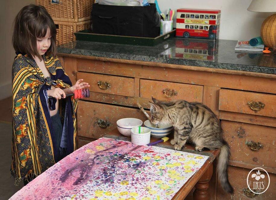 IMG 5940 มหัศจรรย์ภาพวาดงดงาม โดยเด็กหญิงออติสติกวัย 5ขวบ