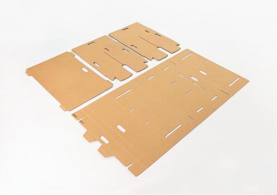 IMG 6407 Cardboard Desk..โต๊ะจากกล่องกระดาษ 100%รีไซเคิล